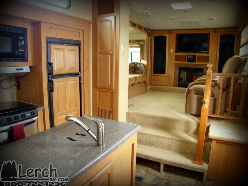 Front Living Room Used 2011 Forest River Wildcat 343FLR Fifth Wheel RV Lerc