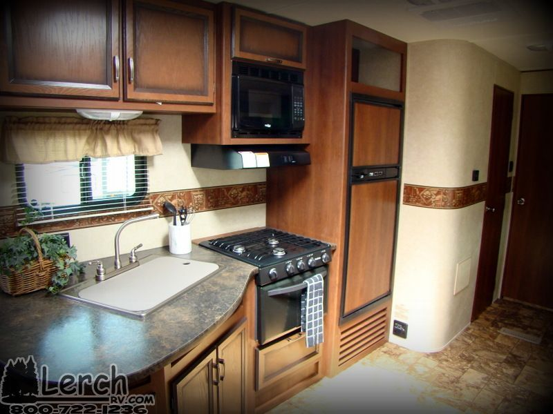 Used 2013 Crossroads Zinger Zt32qb Travel Trailer Rv With