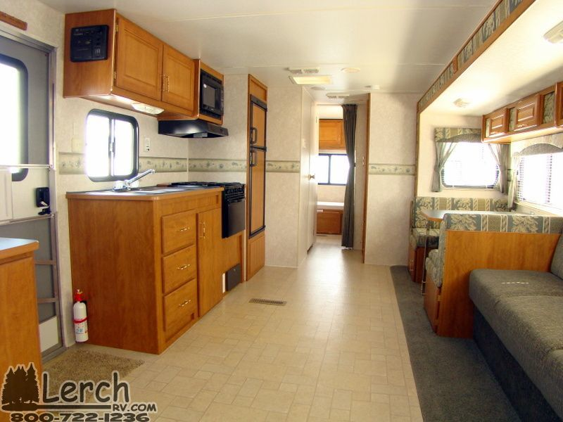 Used 2005 Fleetwood Prowler 33z Travel Trailer Rv With