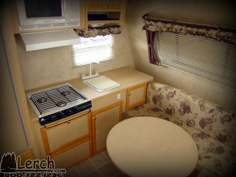 2004 Jayco Jay Feather Sport 165 Ultra Lite Travel Trailer